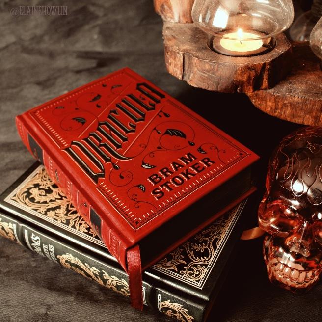 Dracula by Bram Stoker Elaine Howlin Literary Blog Gothic Reads for Autumn
