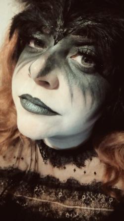 The Raven by Edgar Allan Poe Makeup Elaine Howlin Literary Blog (4)