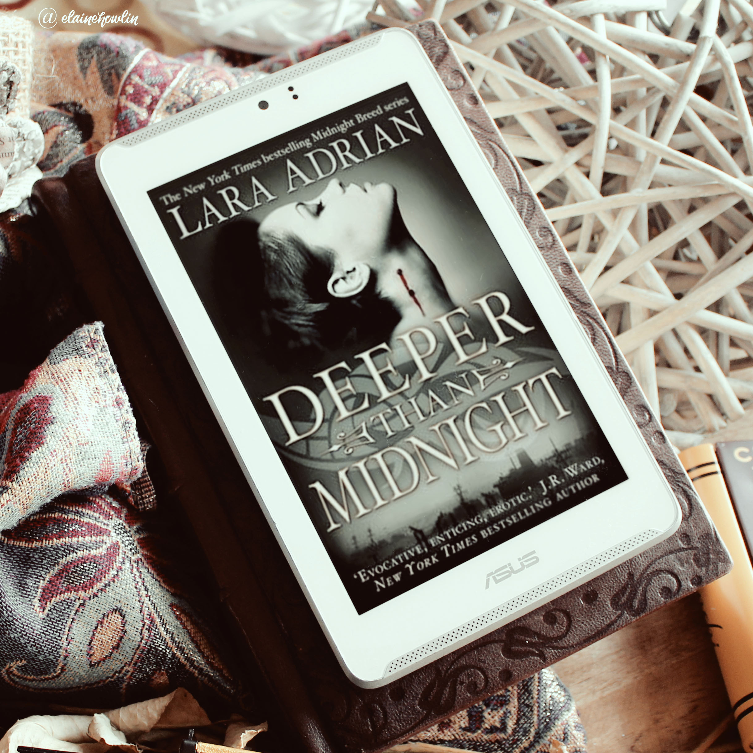 Deeper Than Midnight by Lara Adrian Elaine Howlin Book Blog