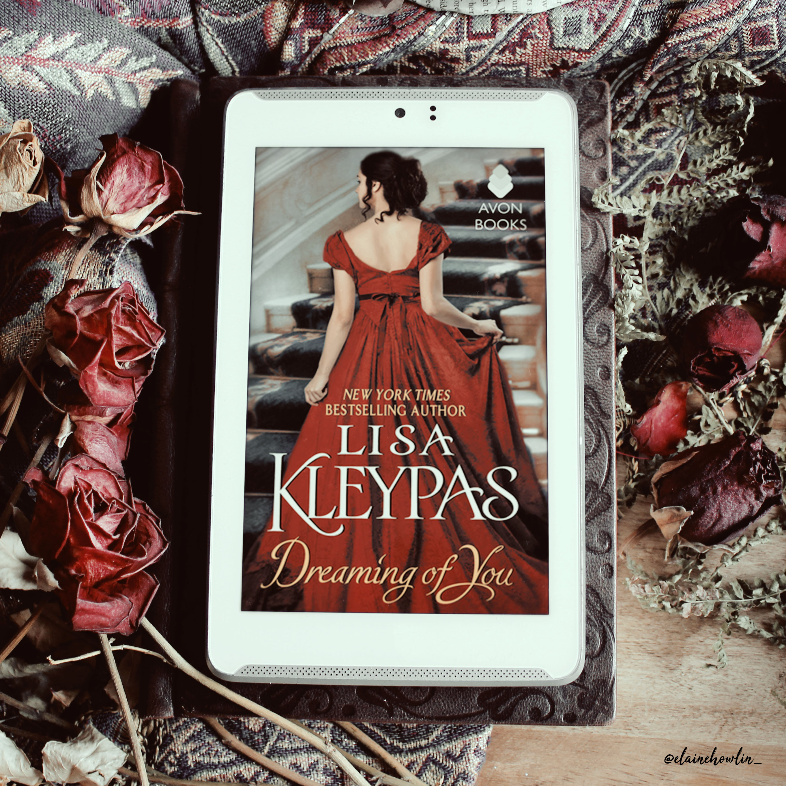 Dreaming of You by Lisa Kleypas Elaine Howlin Book Blog