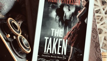 The Taken by Vicki Pettersson Elaine Howlin Bookstagram