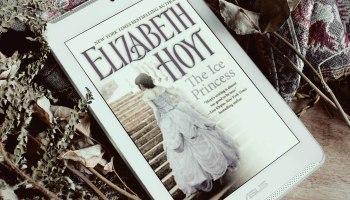 The Ice Princess Princes Trilogy 4 Elizabeth Hoyt Elaine Howlin Bookstagram
