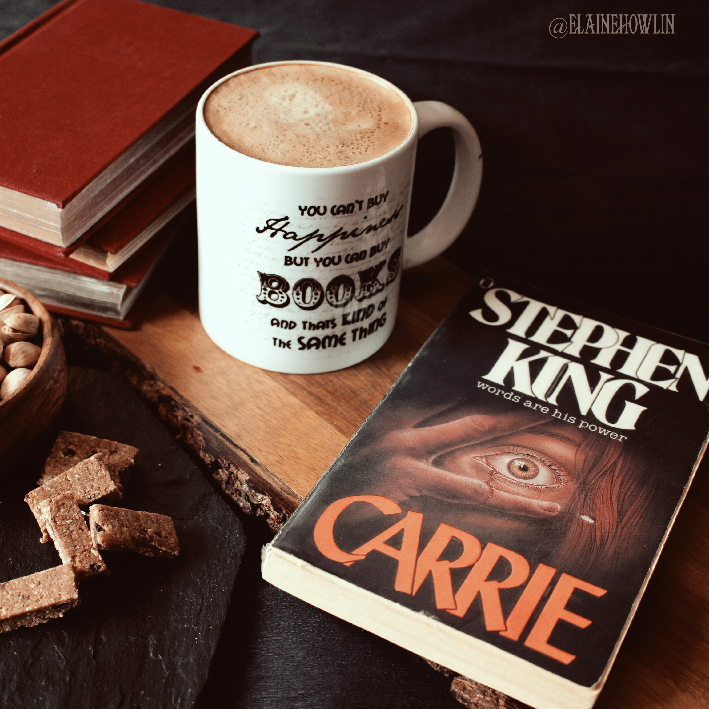 Carrie by Stephen King Elaine Howlin Book Blog
